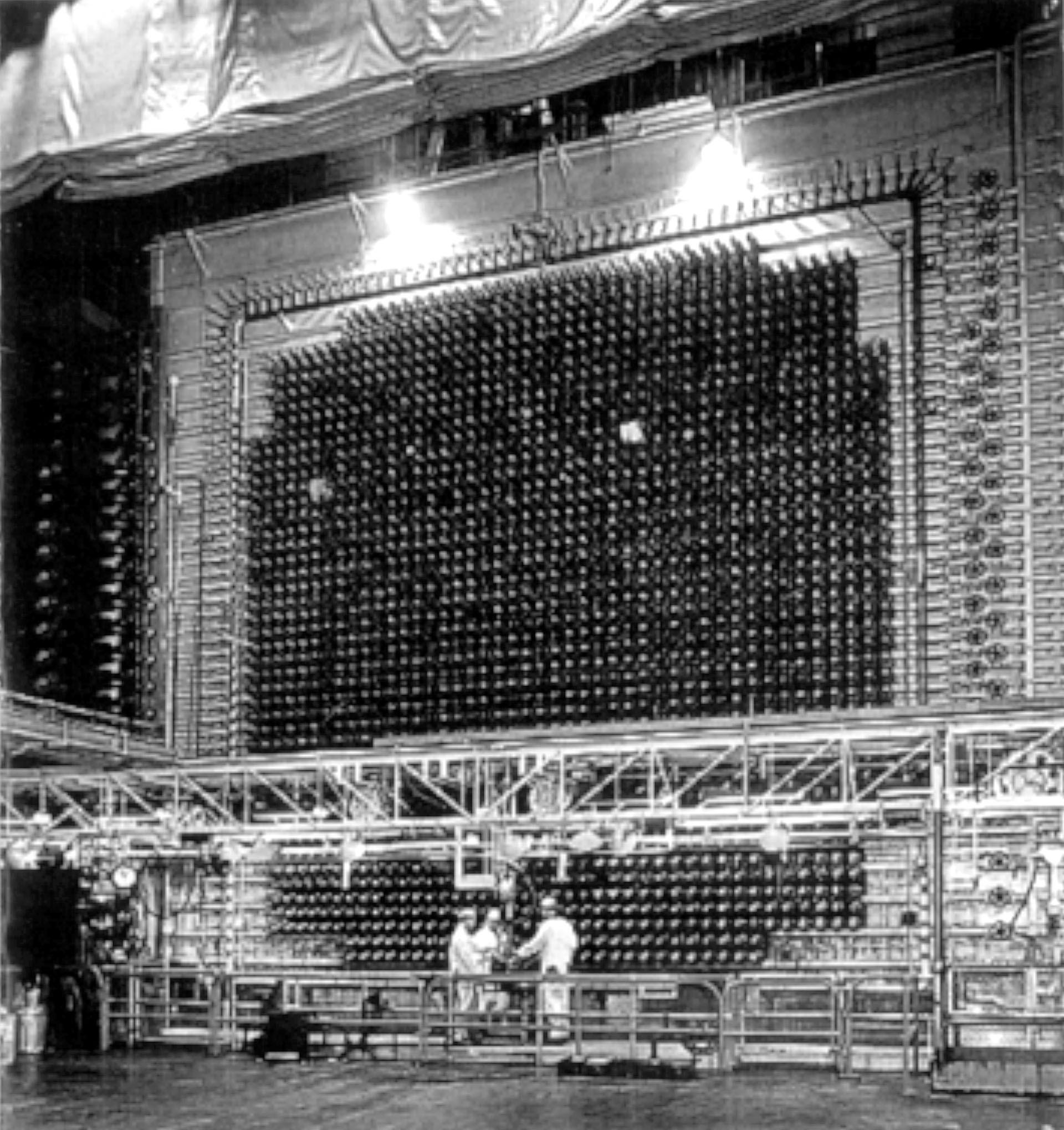 5.10-B-Reactor-workers