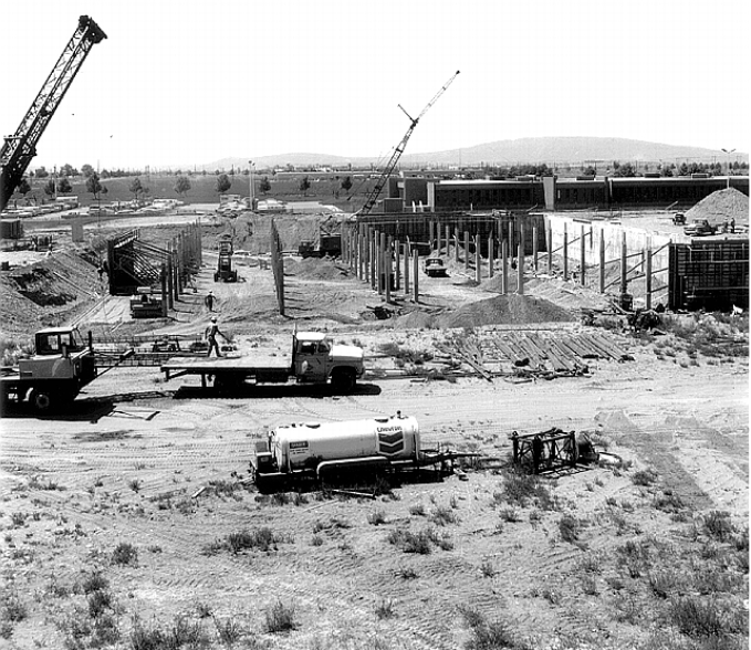 8.6-PNNL-first-buildings-1966