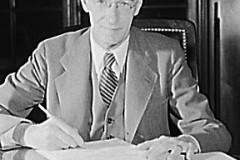 2.2-Vannevar-Bush-LOC