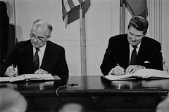 8.11-Reagan-Gorbachev-INF